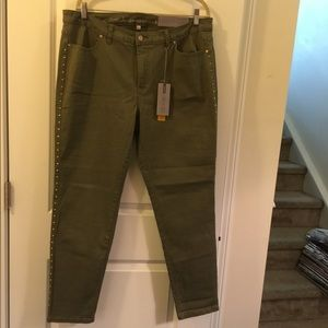 NWT JLo military green skinny jeans w/ gold studs
